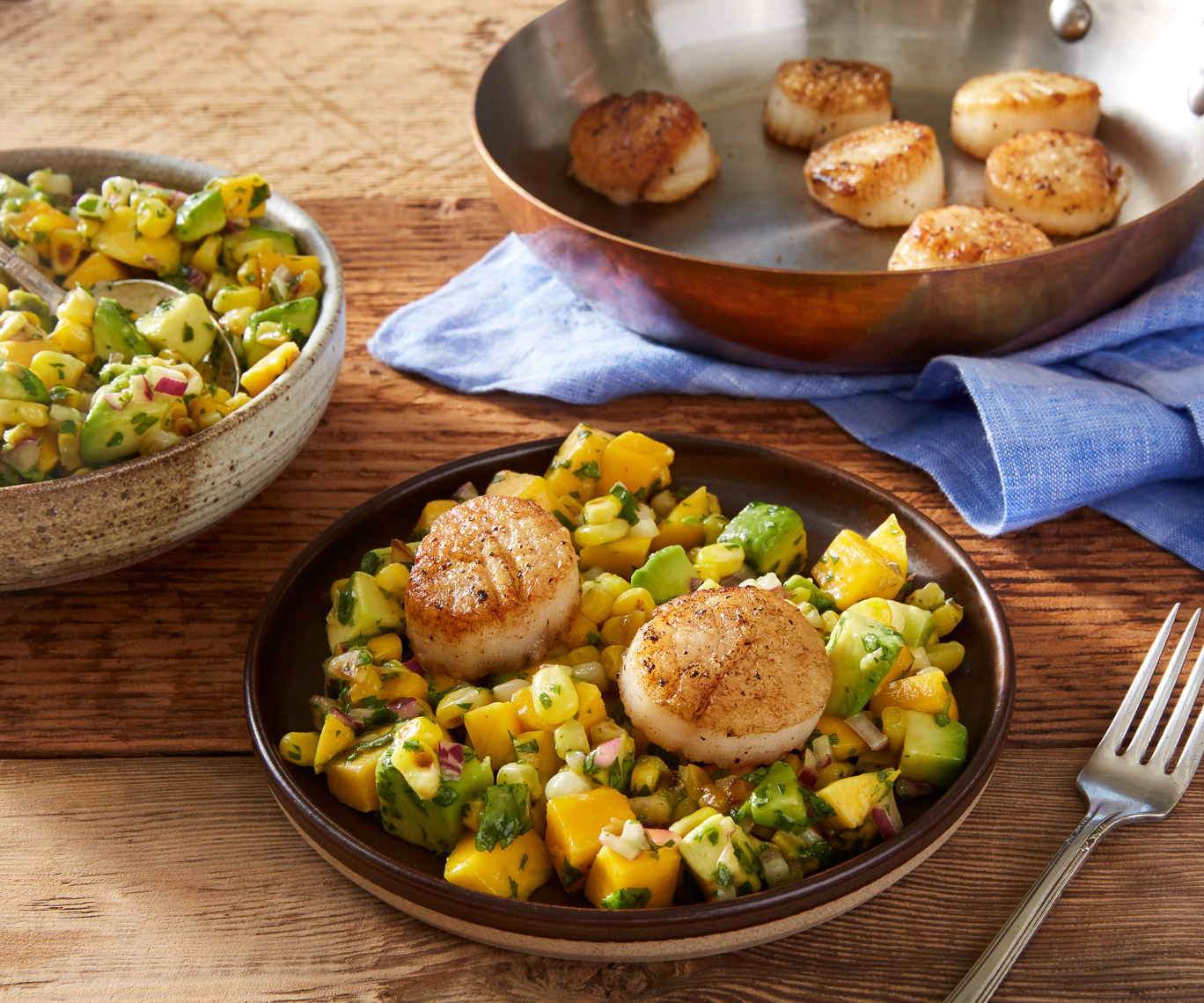 seared_scallops_over_mango_corn_salsa-1